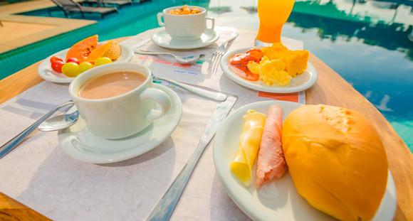 2 Diárias para 2 pessoas + Café da Manhã (cortesia para 1 criança até 7 anos)