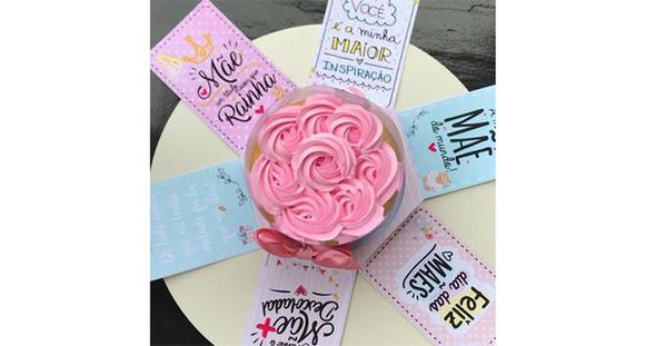 Mini Bolo na Caixa Explosão para o Dia Das Mães
