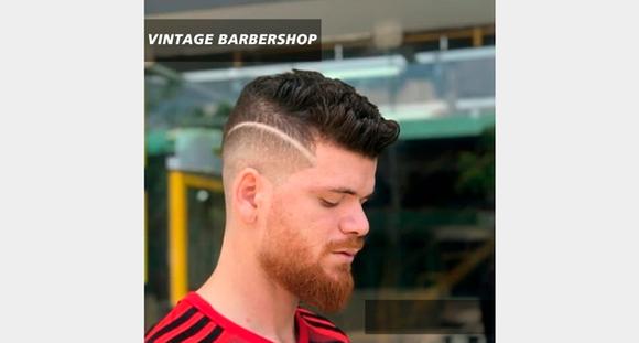 Corte + Barba na Vintage Barbershop