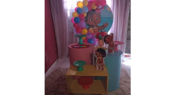 2 Mesas Cilindros OU Carrinho Gourmet OU Trio de Ferro + peças + balões