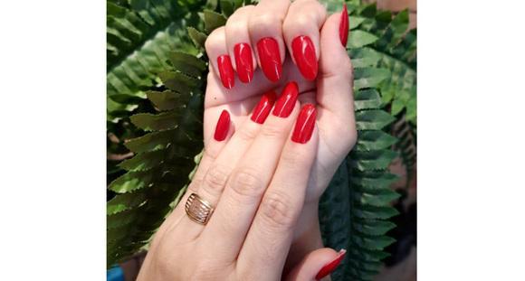 Unhas lindas e bem cuidadas: Manicure e Pedicure na Spabeauty