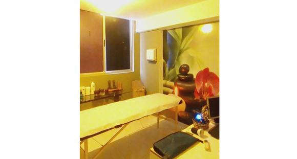 Sessão de Massagem Relaxante com Ventosaterapia, Modeladora e Drenagem Linfática