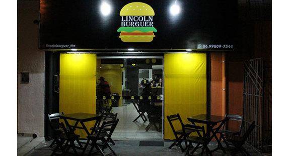 Combo: Burguer Lanchão + batata frita + refrigerante 350ml no Lincoln Burguer