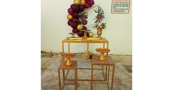 3 Mesinhas OU Carrinho Gourmet OU Trio de Ferro OU Mesa MDF + peças + balões