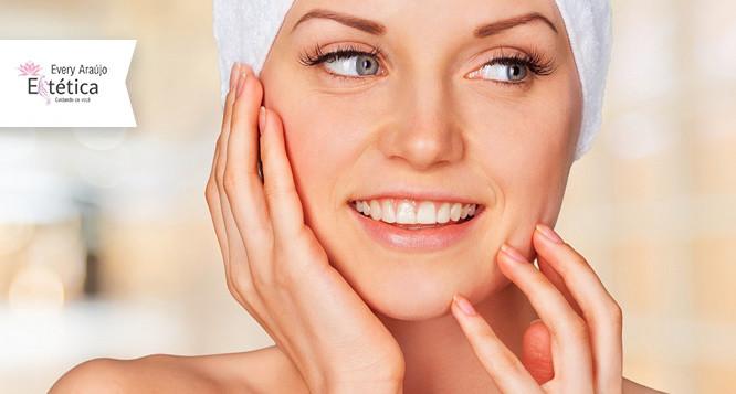 Limpeza de pele com Peeling de Diamante + Máscara Clareadora + Finalizador