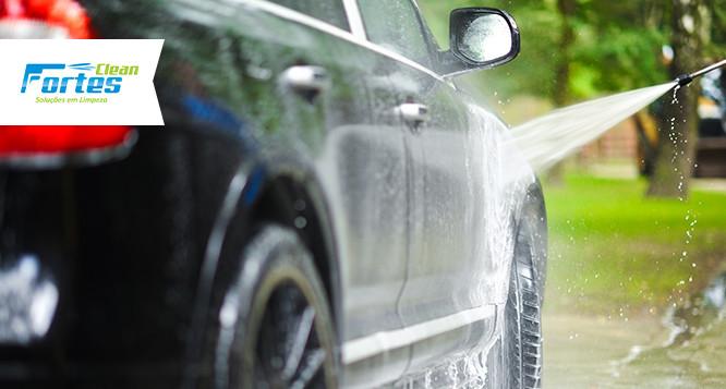 Lavagem de Veículo + Higienização dos Bancos (Tecido ou Couro) na Fortes Clean