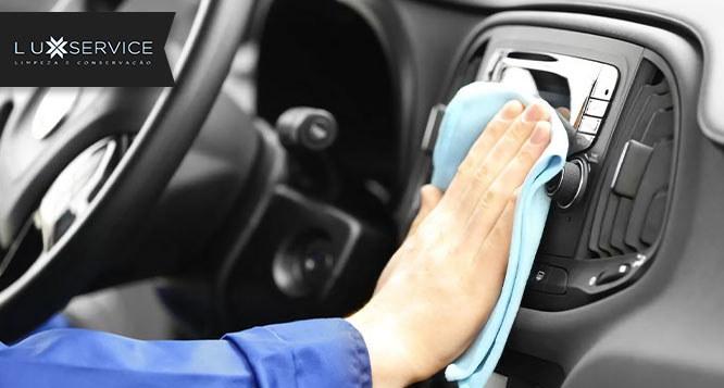 Higienização de Veículo com 3 pacotes de Serviços à sua Escolha na Lux Service